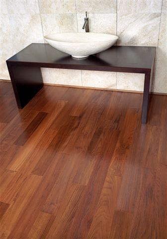 wichtige tipps zur reinigung ihres parketts. Black Bedroom Furniture Sets. Home Design Ideas