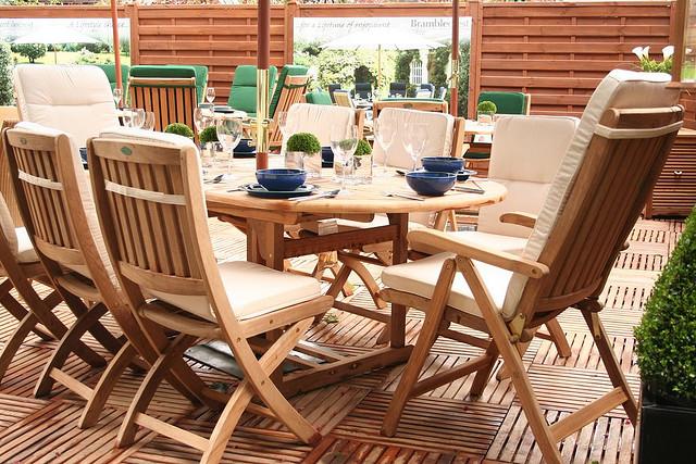 Teakholzmöbel garten  Teak Möbel für Haus und Garten