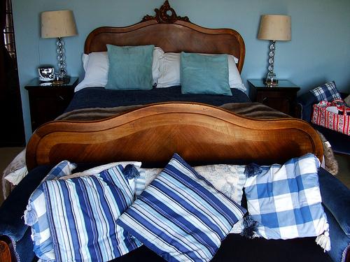 massivholzbetten das herzst ck eines stilvoll und gesundheitsbewusst eingerichteten schlafzimmers. Black Bedroom Furniture Sets. Home Design Ideas