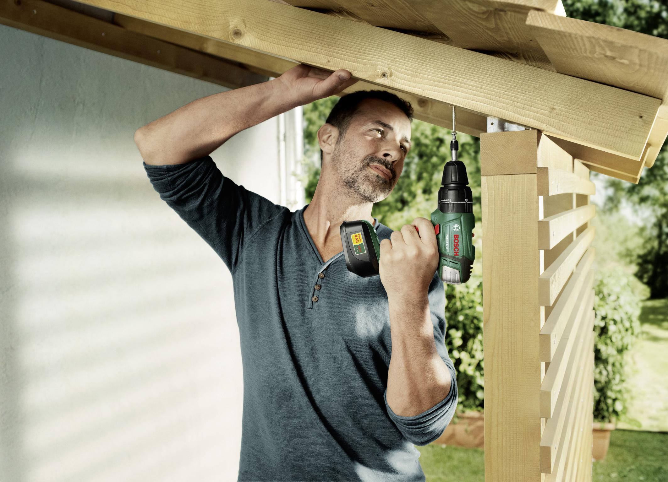 ein carport aus holz die g nstige alternative zur garage. Black Bedroom Furniture Sets. Home Design Ideas