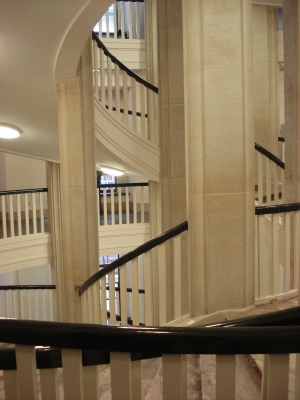 treppengel nder den vorschriften entsprechend planen. Black Bedroom Furniture Sets. Home Design Ideas