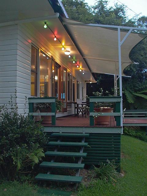 terrassenbeleuchtung sparsam gezielt einsetzen. Black Bedroom Furniture Sets. Home Design Ideas
