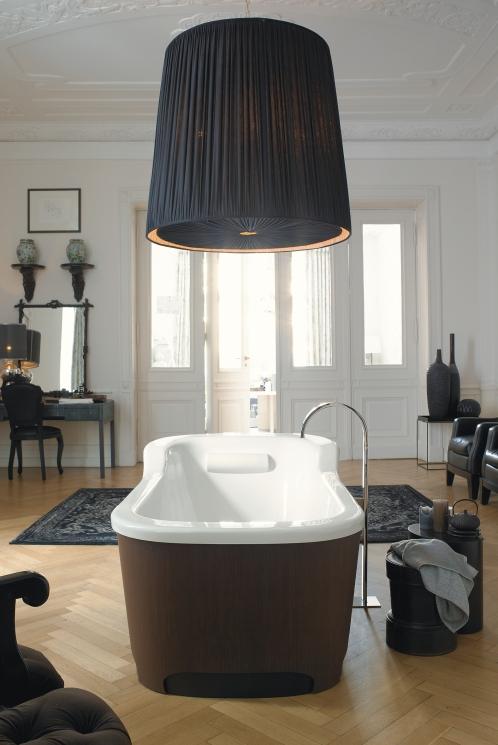 badewanne mit sch rze die passende verkleidung f r jedes. Black Bedroom Furniture Sets. Home Design Ideas