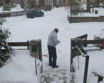 Gartenbau profis leisten f r sie den winterdienst - Winter gartenbau ...