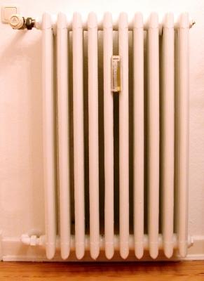 Mit der Warmwasserheizung durch den Winter