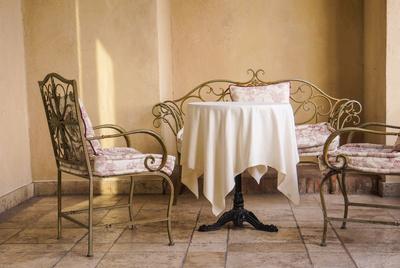 besch digte terrassenfliesen lieber qualitativ und schnell ausbessern lassen. Black Bedroom Furniture Sets. Home Design Ideas