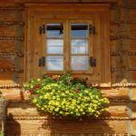 Holzfenster aus Hartholz