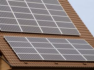 photovoltaik ausrichtung sichert die effizienz des. Black Bedroom Furniture Sets. Home Design Ideas