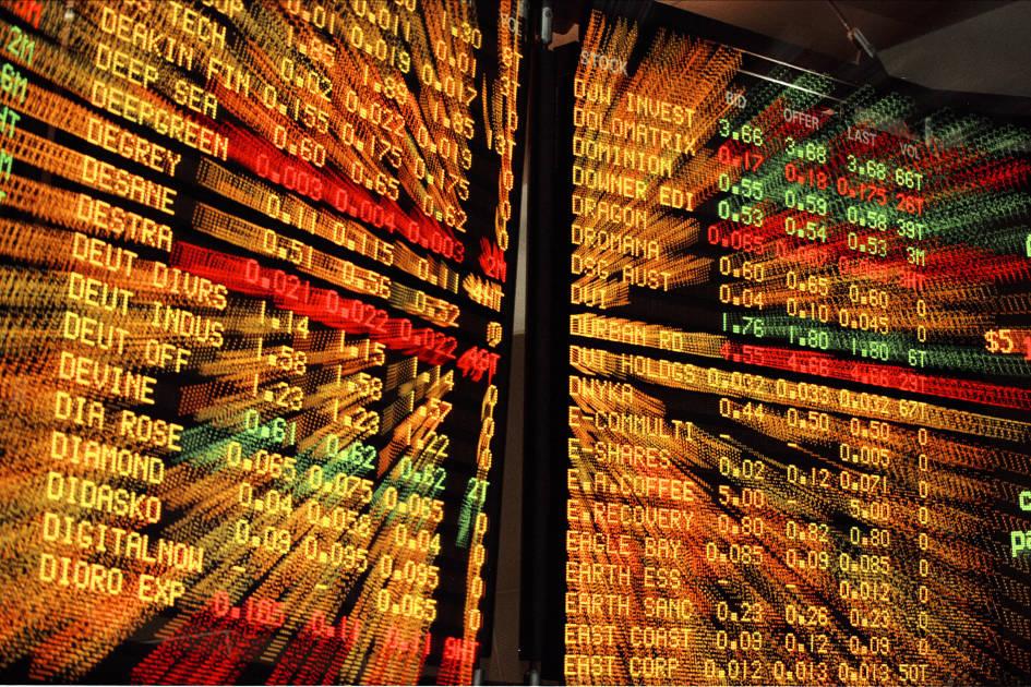 Explain puts calls stock options