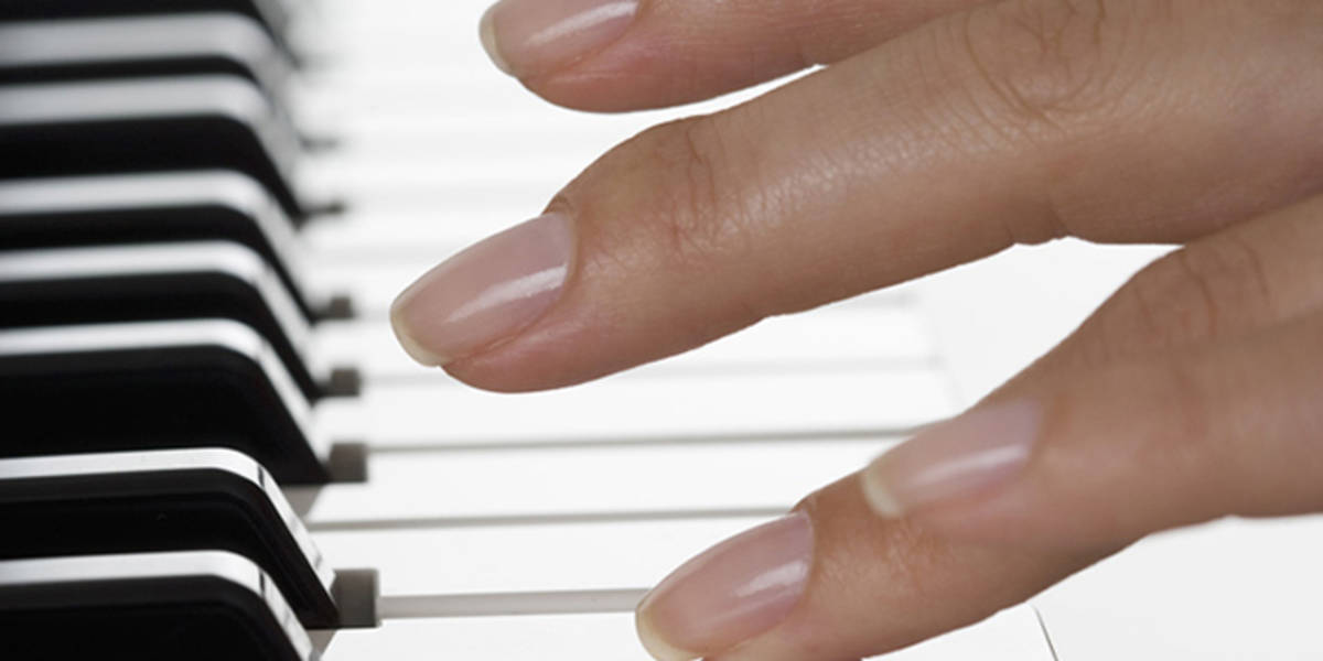 Do I have to cut my nails to play the piano? No! (But maybe...) |