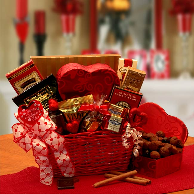 Valentines day gift basket delivery to usa send valentines day cupids choice valentines chocolates gift basket negle Choice Image