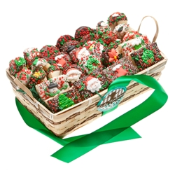Christmas 30 PC Gift Basket
