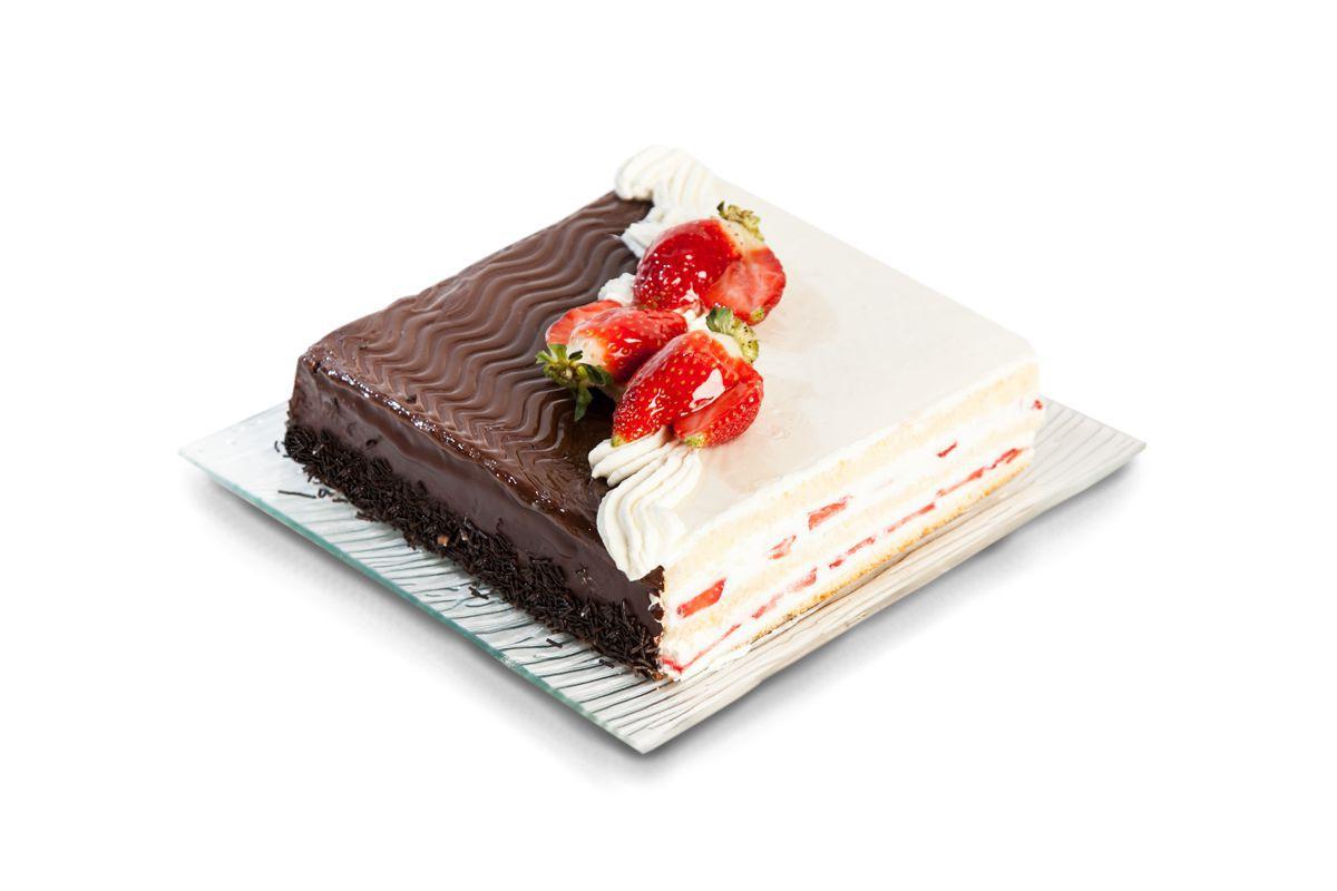 HALF WHITE HALF BLACK CAKE