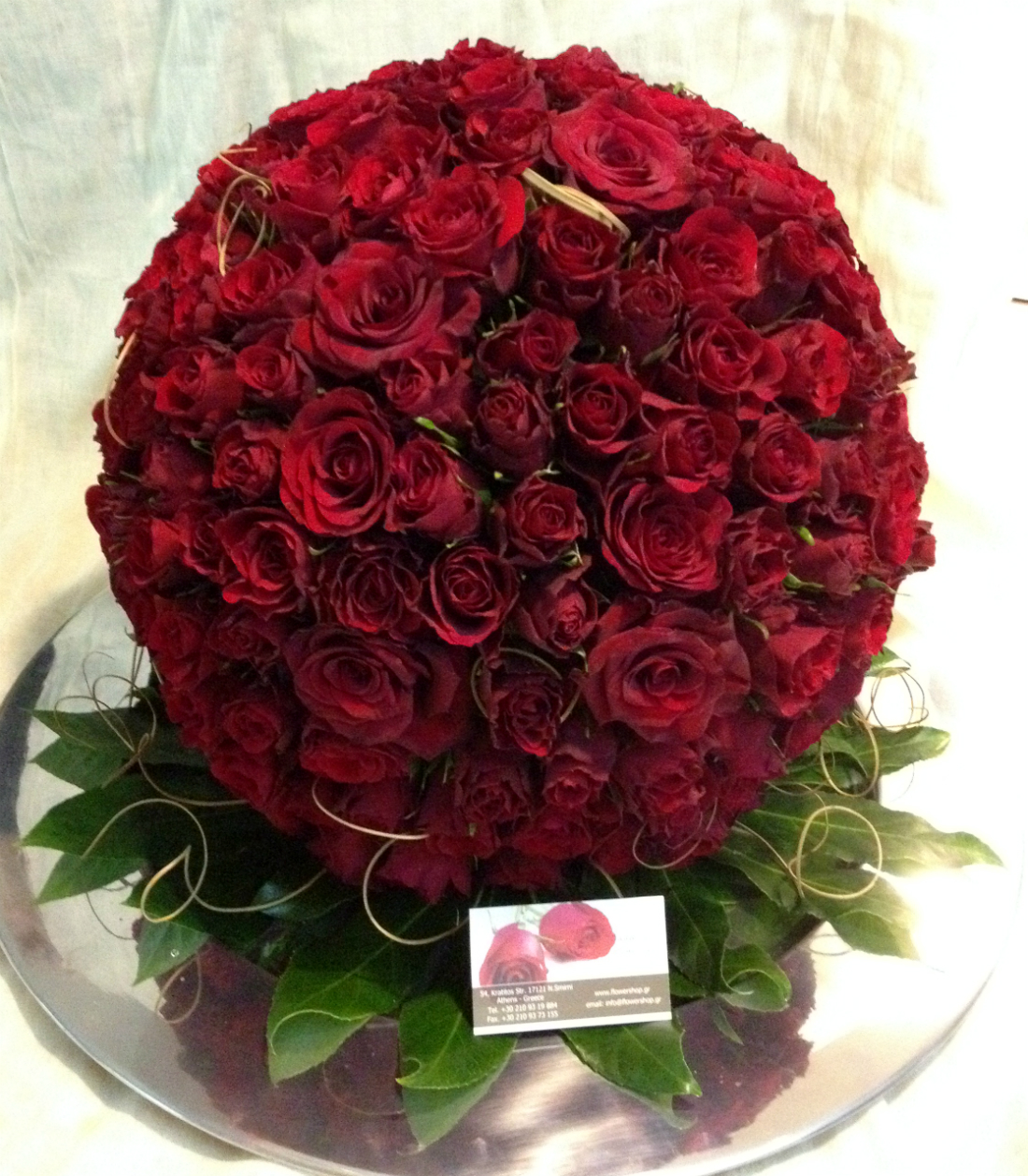 Red roses League  XLarge Red Roses Ball  250 Heads  Exclusive  tray diam60cm And ball diam 45cm