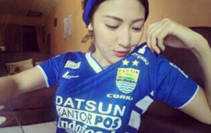 Persib Vs Persija | Kumpulan Foto Ladies Viking dan Jak Angel