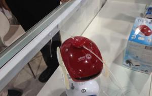 WheeMe, Robot Mungil Terbaru dari Dreambots yang Berfungsi sebagai Robot Pemijat