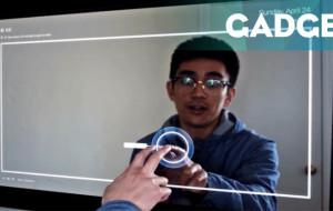 Teknisi Ini Ciptakan Smart Mirror