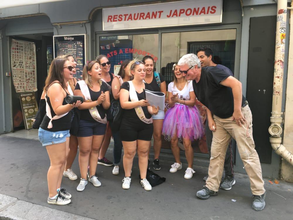 Mouffetard Karaoké dans la rue