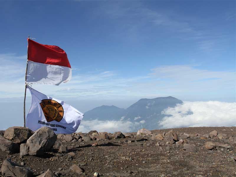 JG Lingkaran Sumatra Rayakan Harlah di Marapi