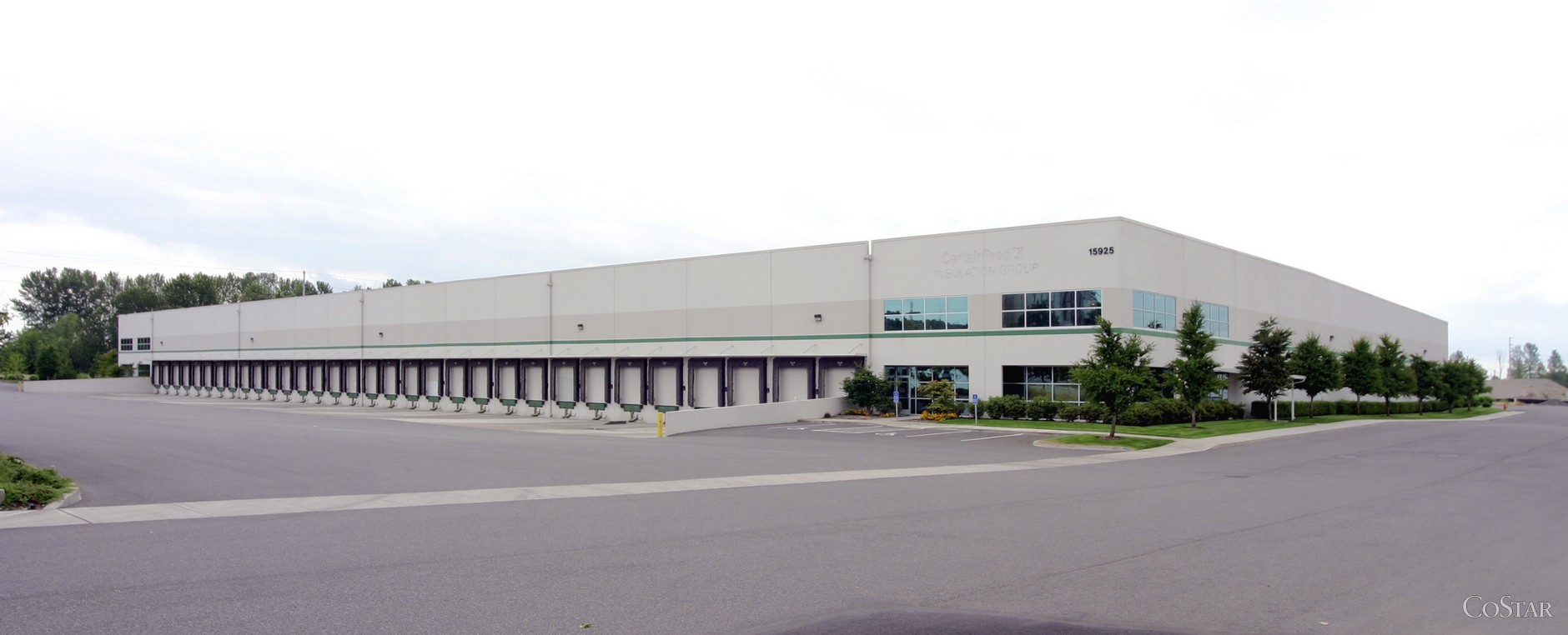 Kelley Point Distribution Center - Building 5 - Industrial - Lease