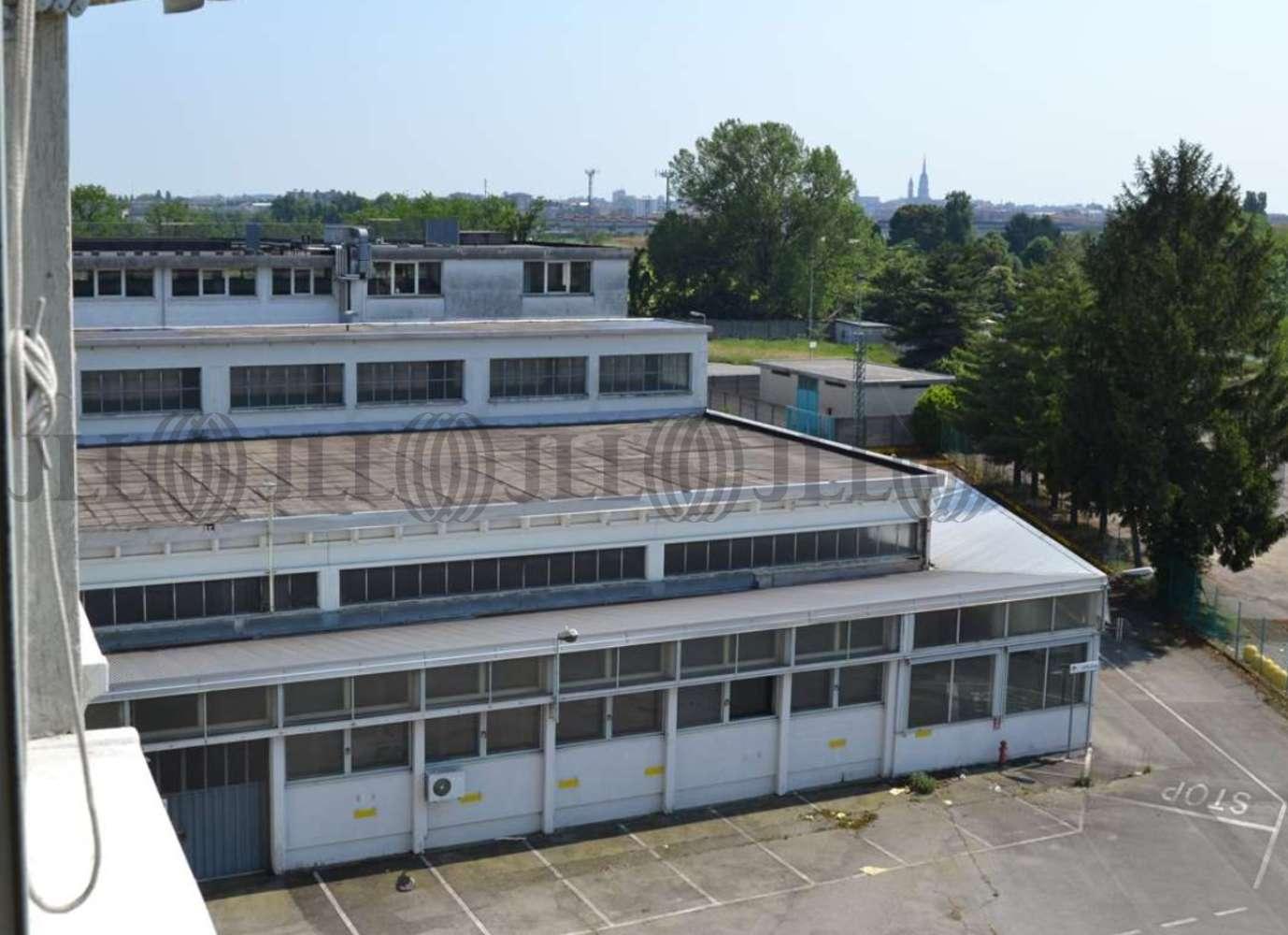 Magazzini industriali e logistici Novara, 28100 - Novara - Veveri