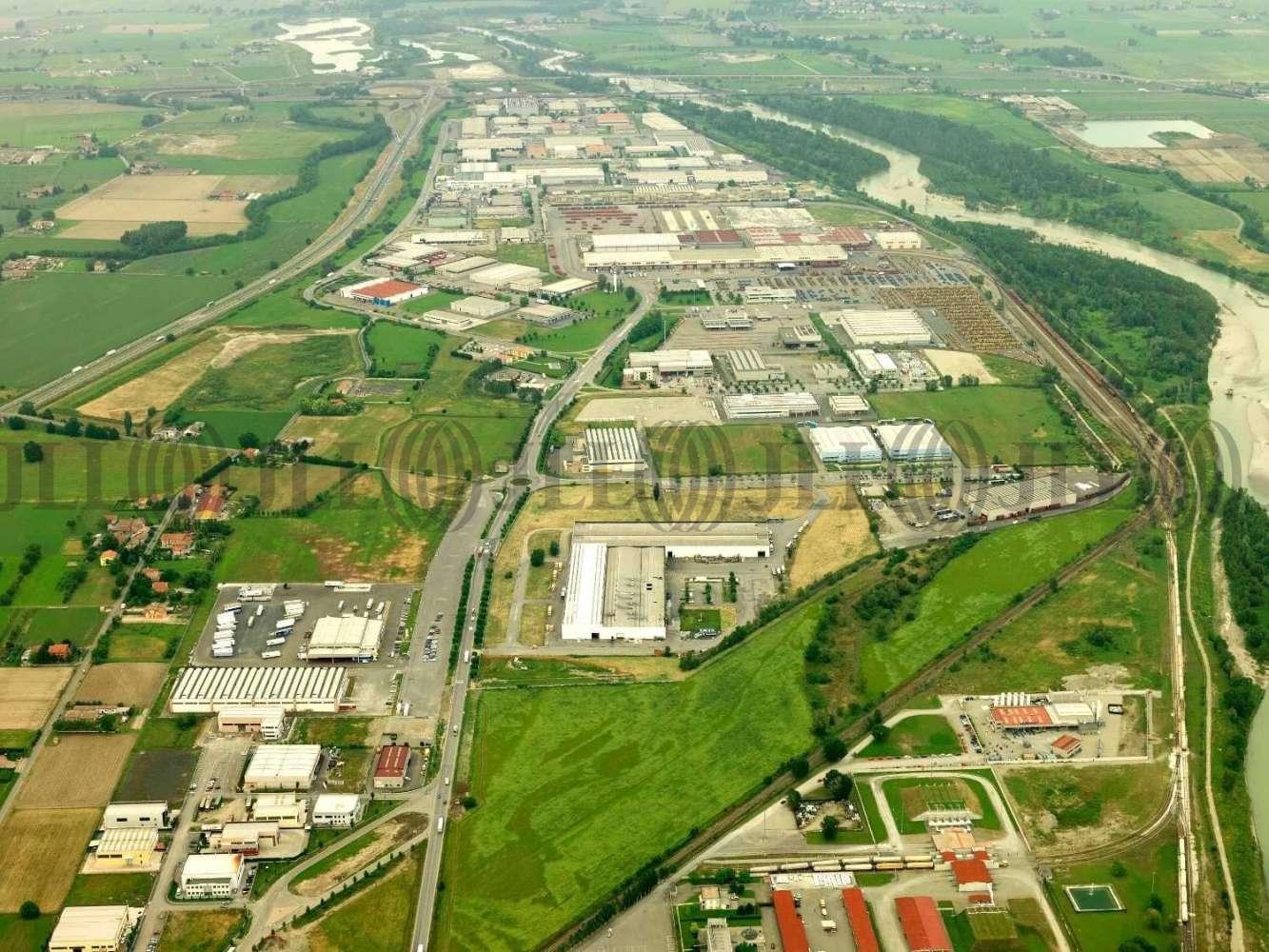 Magazzini industriali e logistici Parma, 43010 - Interporto di Parma