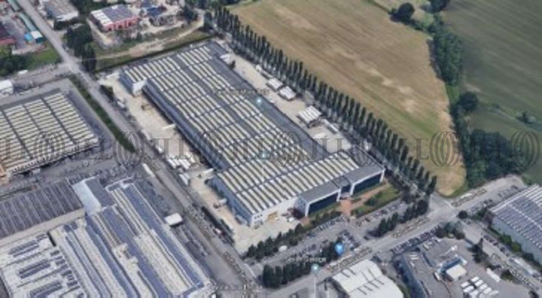 Magazzini industriali e logistici Peschiera borromeo, 20068 - Peschiera Borromeo