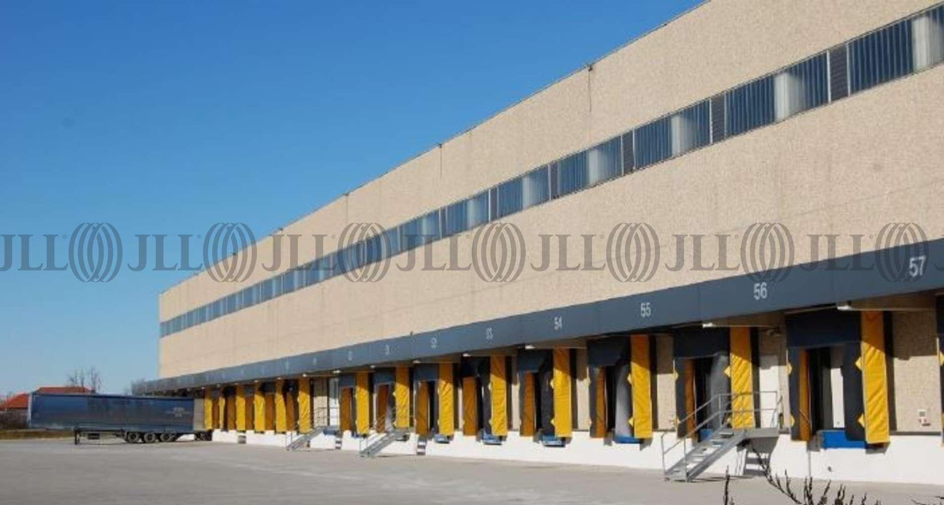 Magazzini industriali e logistici Calvignasco, 20080 - Calvignasco