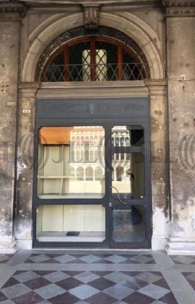 Retail Venezia, 30100 - Negozio Venezia Piazza San Marco