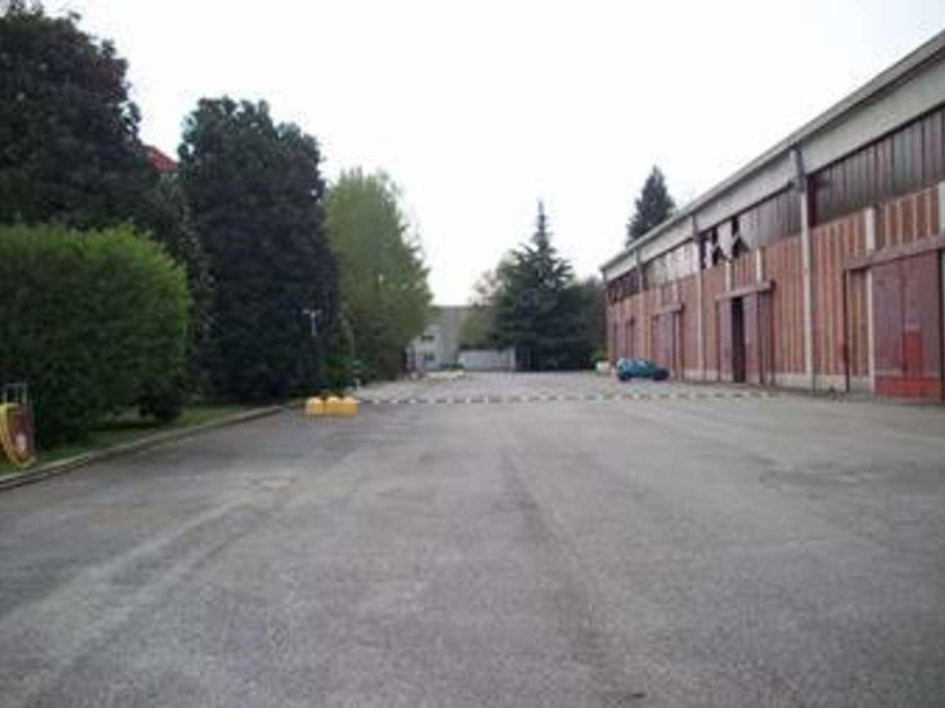 Magazzini industriali e logistici Gambolò, 27025 - Gambolò