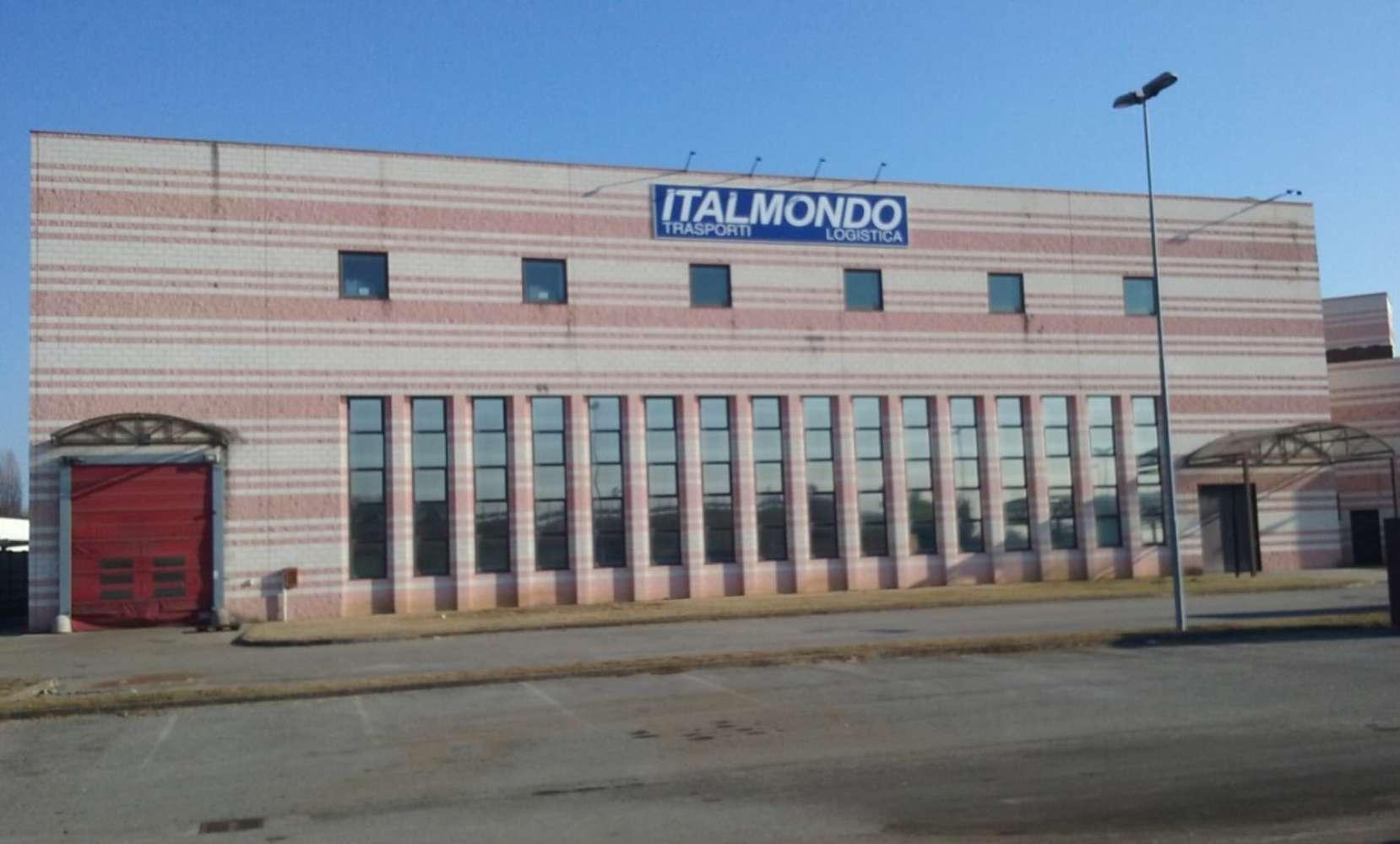 Magazzini industriali e logistici Lainate, 20020 - Origgio - Viale Italia