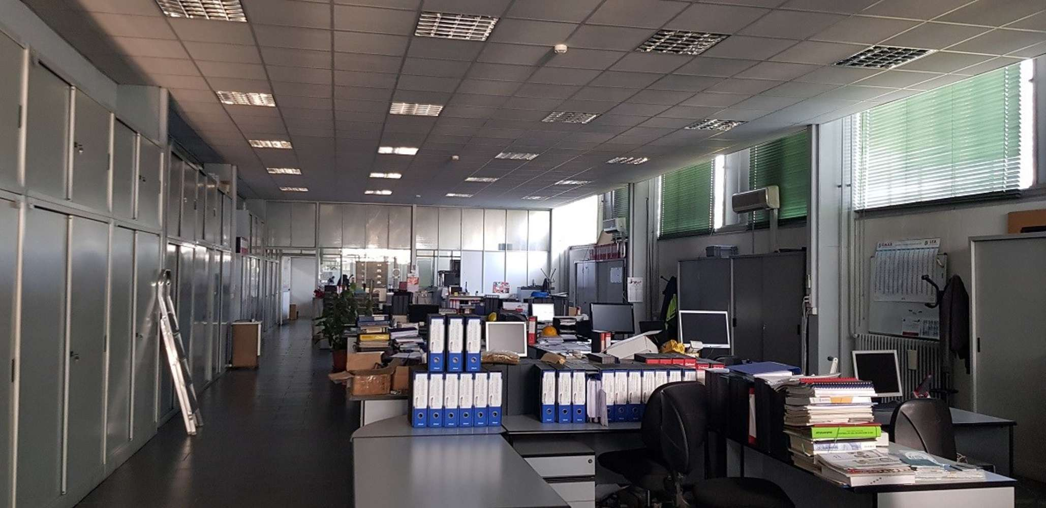 Magazzini industriali e logistici Caronno pertusella, 21042 - Caronno Via Fermi