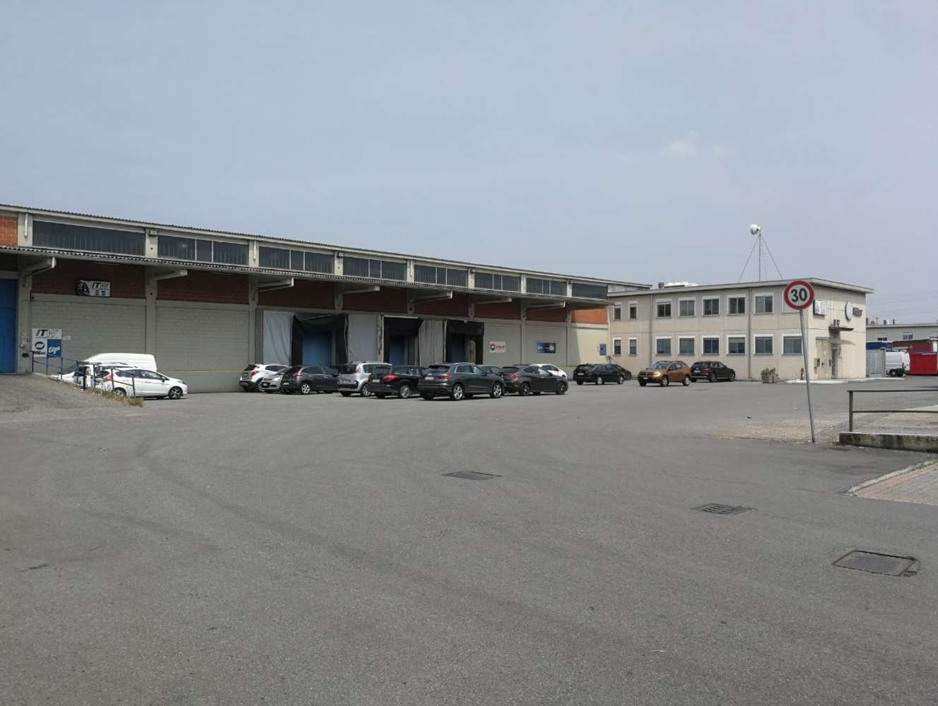 Magazzini industriali e logistici San giuliano milanese, 20098 - San Giuliano