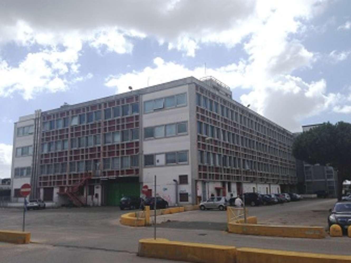 Ufficio Pomezia, 00071 - Castelli Romani 2 - 540842