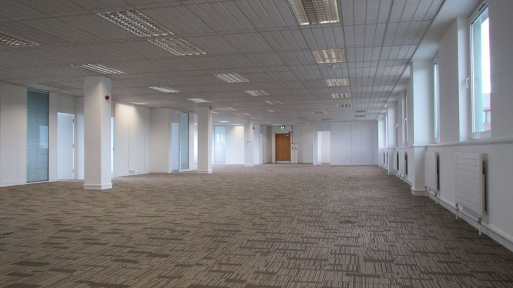 Office Dublin 4, D04 FA37 - Block B, Merrion Centre - 7074084