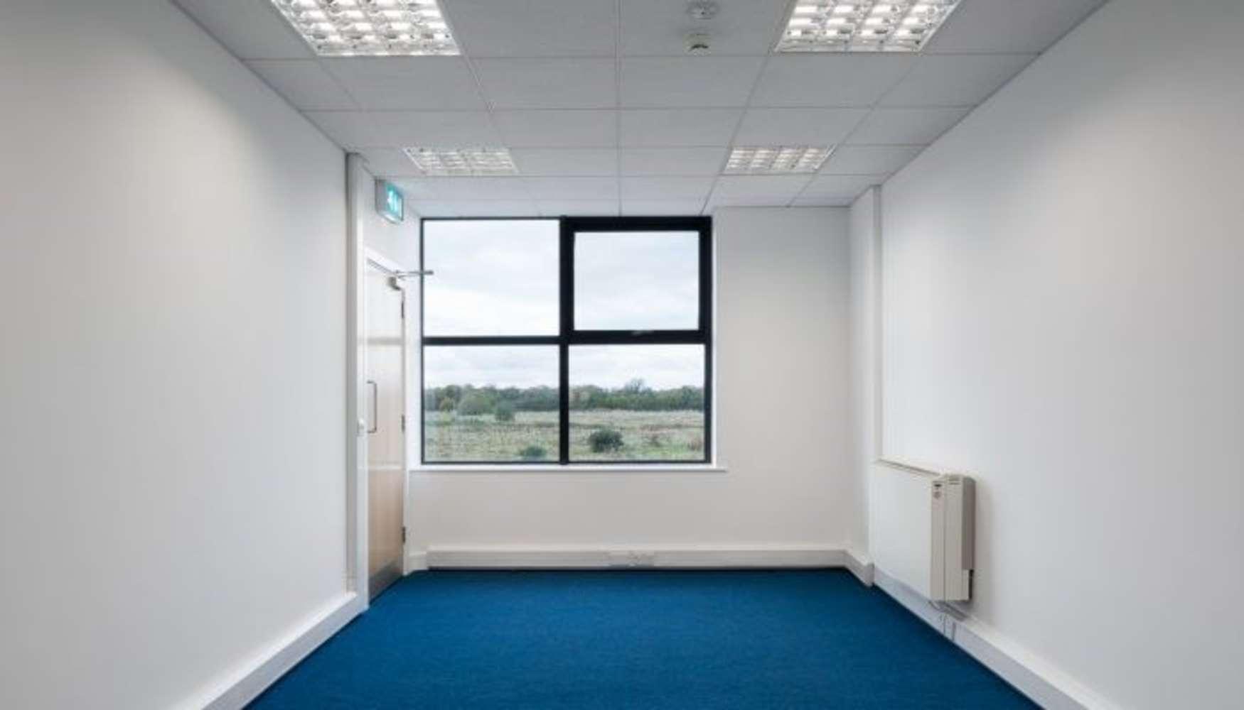 Industrial Dublin 11, D11 HO2E - Unit D19 The Enterprise Centre - 8740157