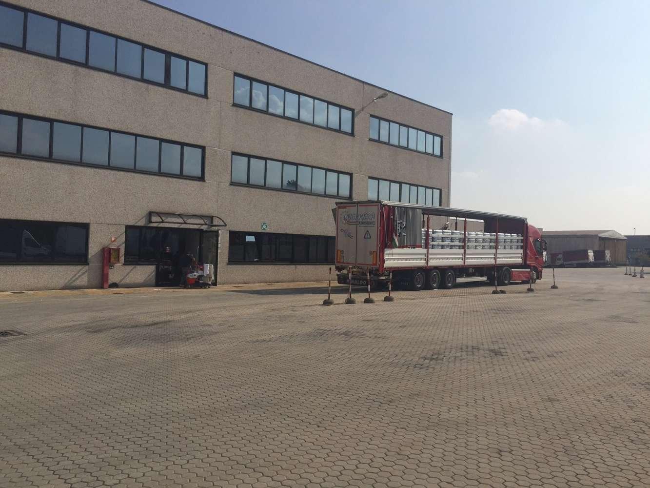 Magazzini industriali e logistici Milano, 20090 - Buccinasco - 8899739