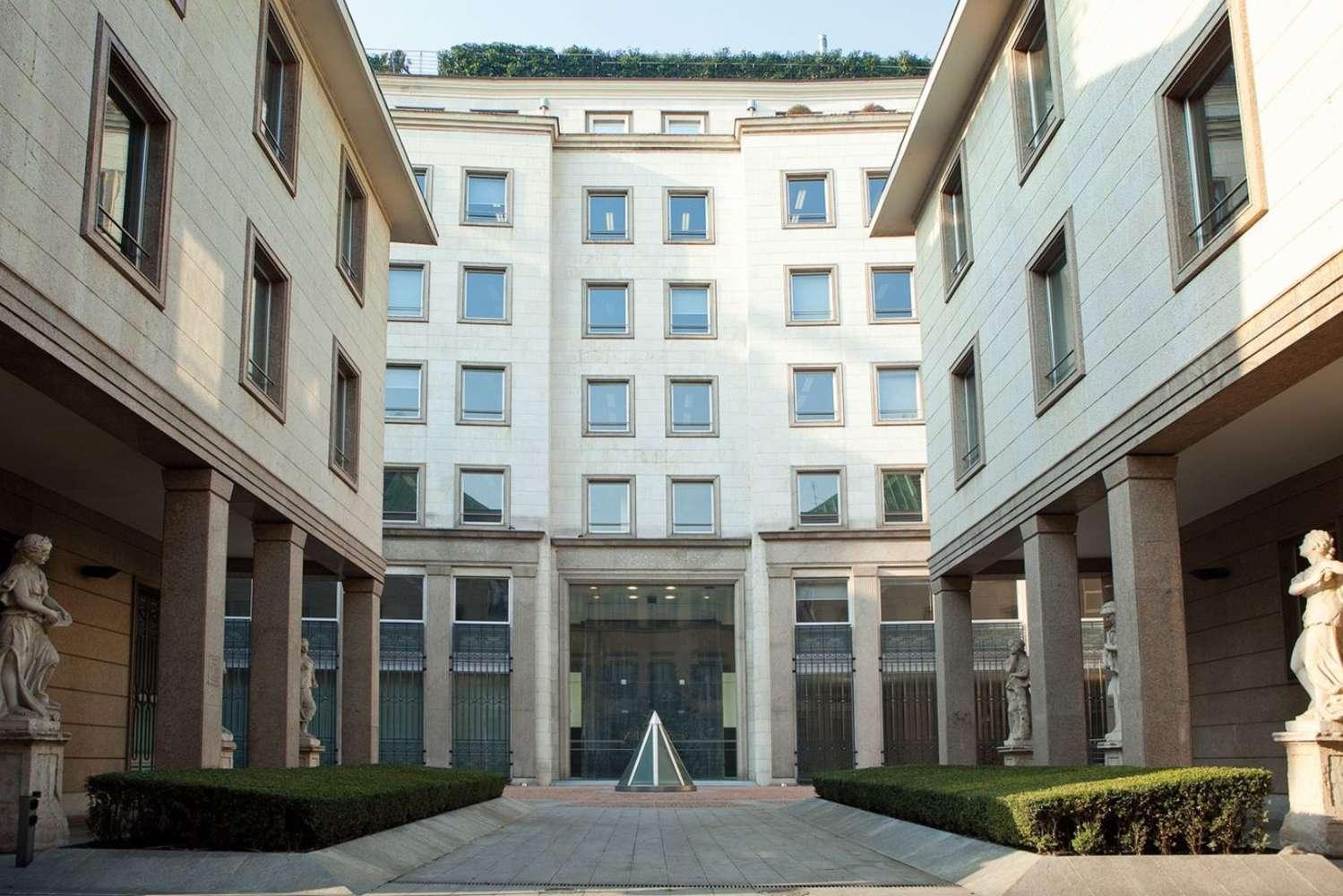 Ufficio Milano, 20123 - Via Borromei 5 - 9151260