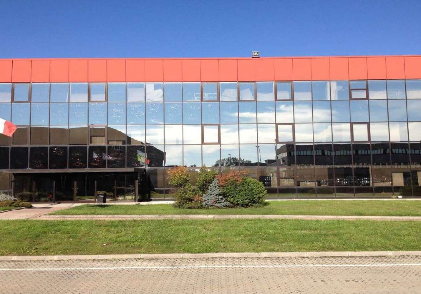 Magazzini industriali e logistici Calvignasco mi, 20080 - Calvignasco - 9217039