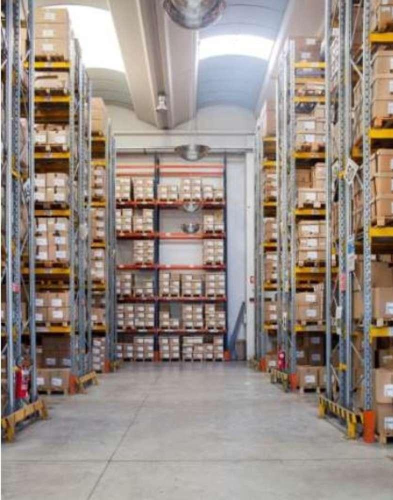 Magazzini industriali e logistici Orbassano, 10043 - Orbassano - 9221146