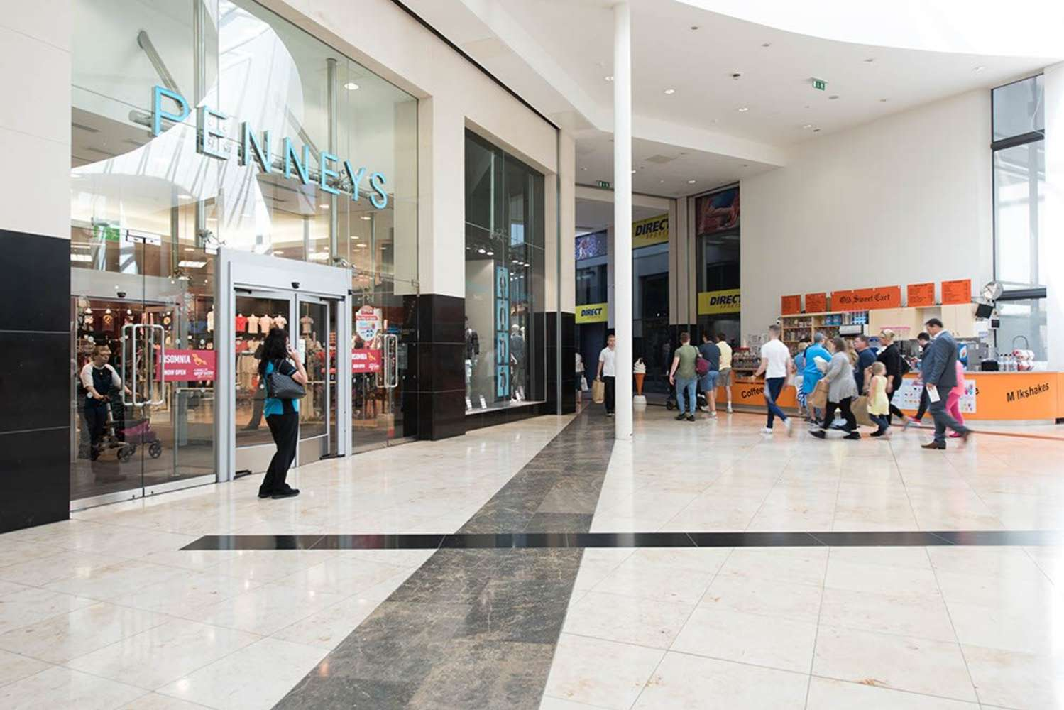 Retail Co dublin, K67 H3A - Unit W, Swords Central Shopping Centre, - 9300891