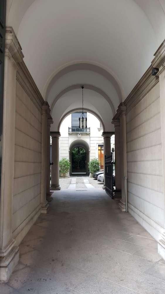 Ufficio Milano, 20123 - Magenta 85