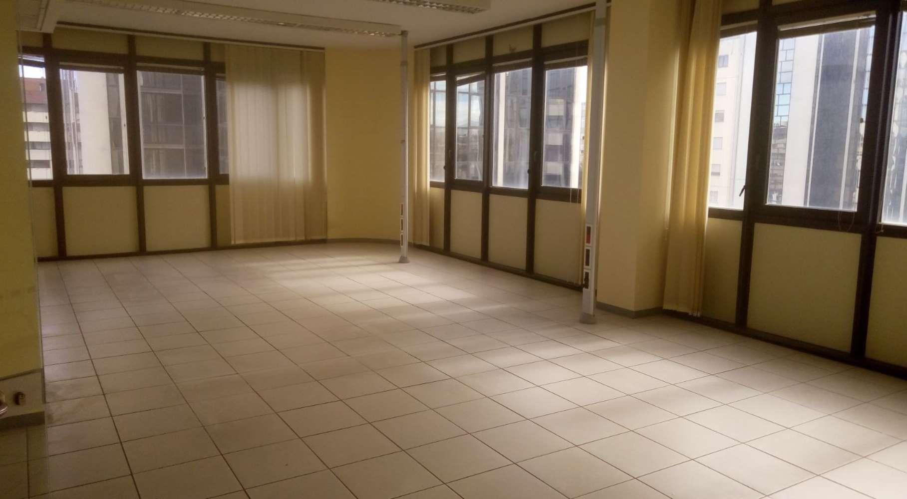 Ufficio Roma, 00142 - Via Mosca 45 - 9580108