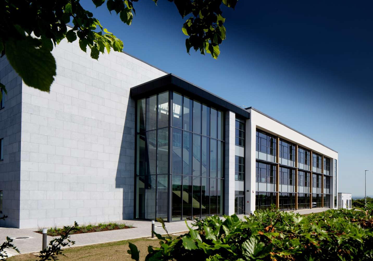 Office Galway, H91 V0TX - Block 5, Parkmore East Business Campus - 9630817