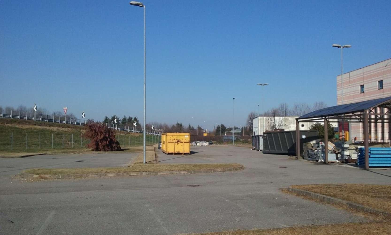 Magazzini industriali e logistici Lainate, 20020 - Origgio - Viale Italia - 9766897