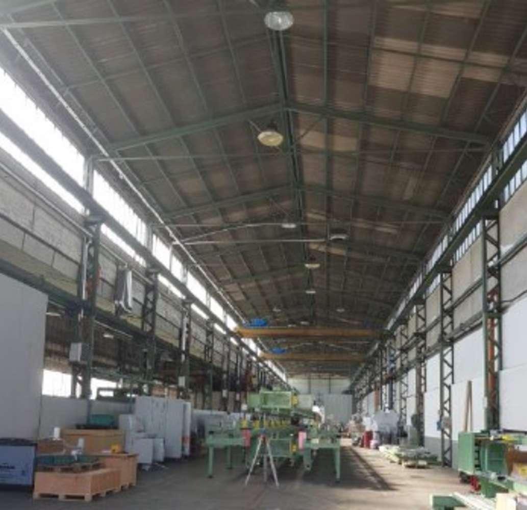 Magazzini industriali e logistici Caronno pertusella, 21042 - Caronno Pertusella - Varese