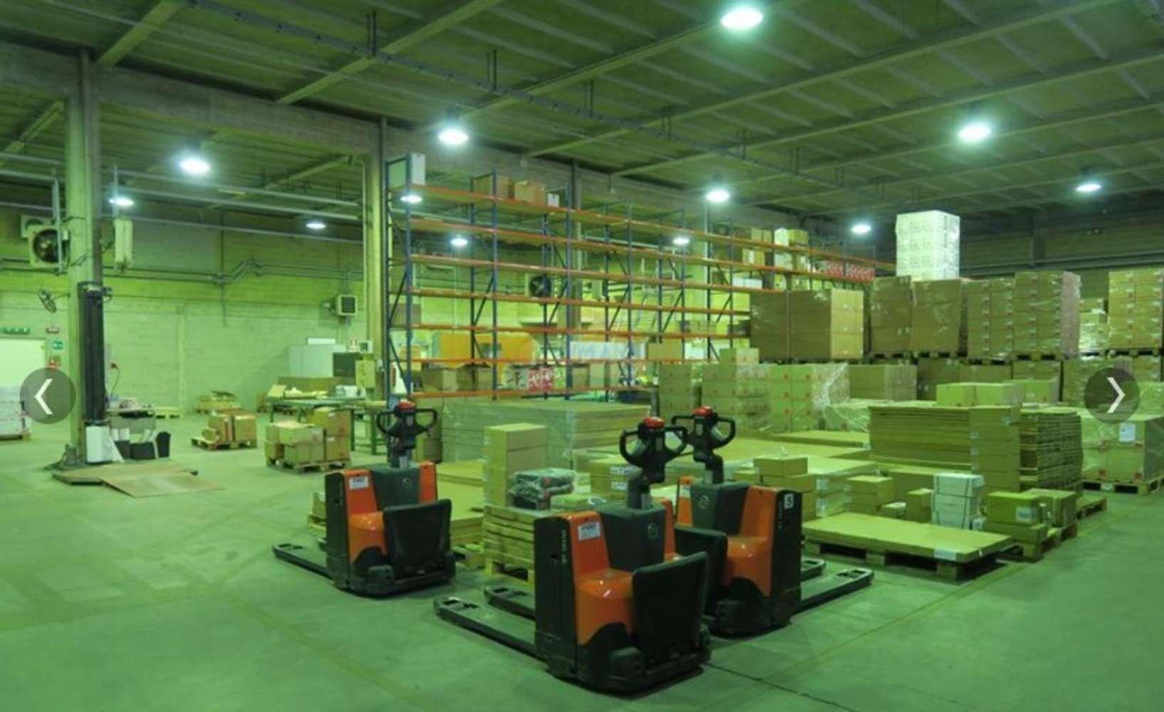Magazzini industriali e logistici Tornaco, 28070 - Tornaco - Novara - 9845314
