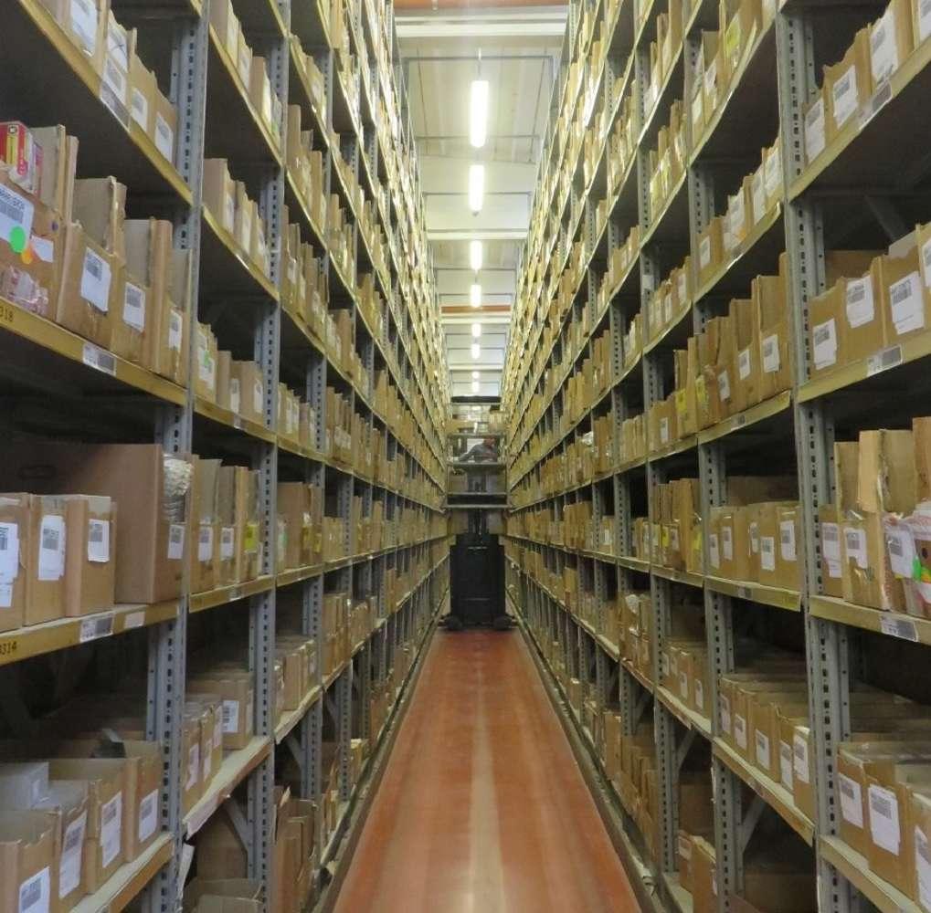 Magazzini industriali e logistici Caronno pertusella, 21042 - Caronno Pertusella - 10008335