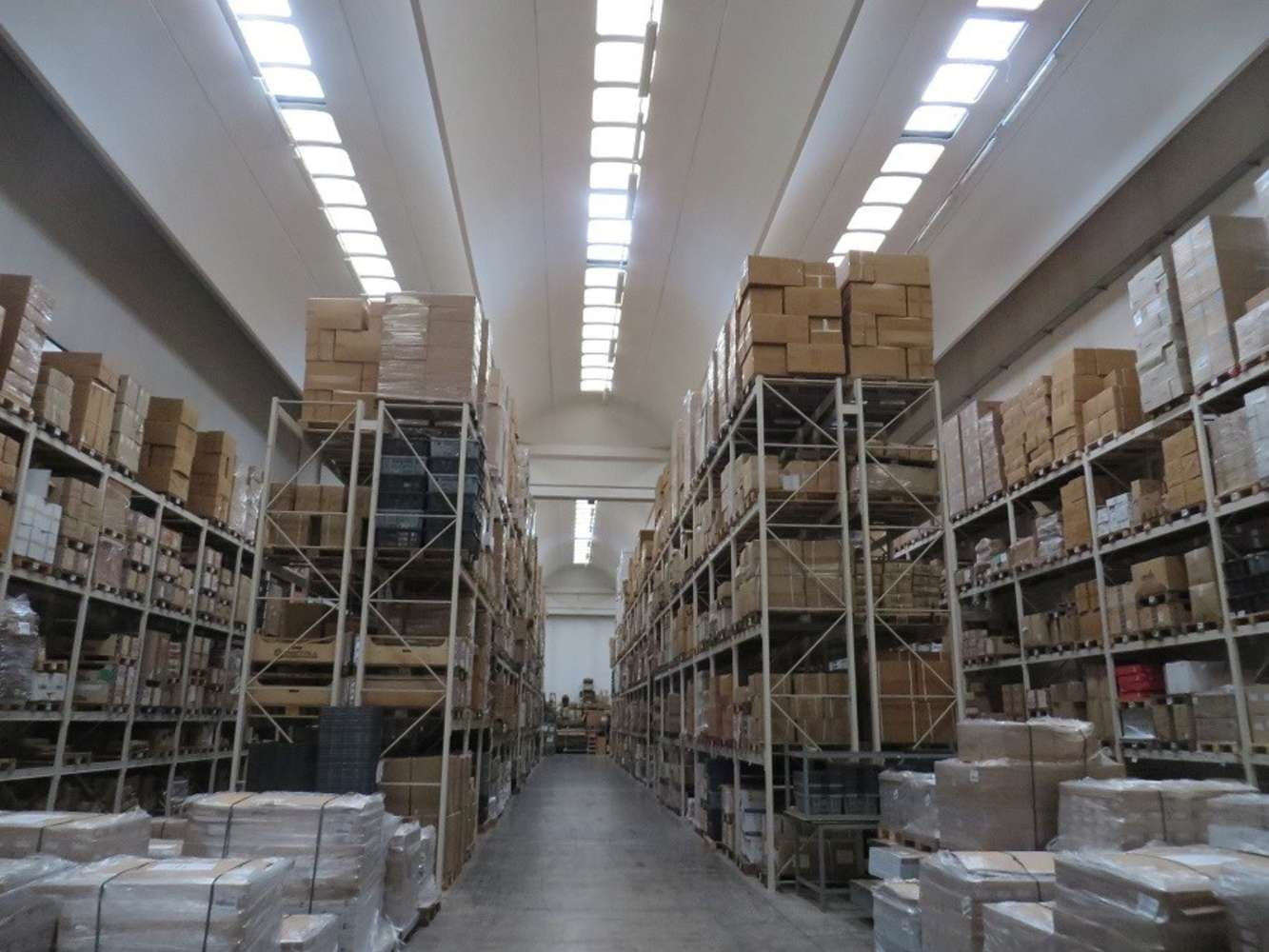 Magazzini industriali e logistici Caronno pertusella, 21042 - Caronno Pertusella - 10008336