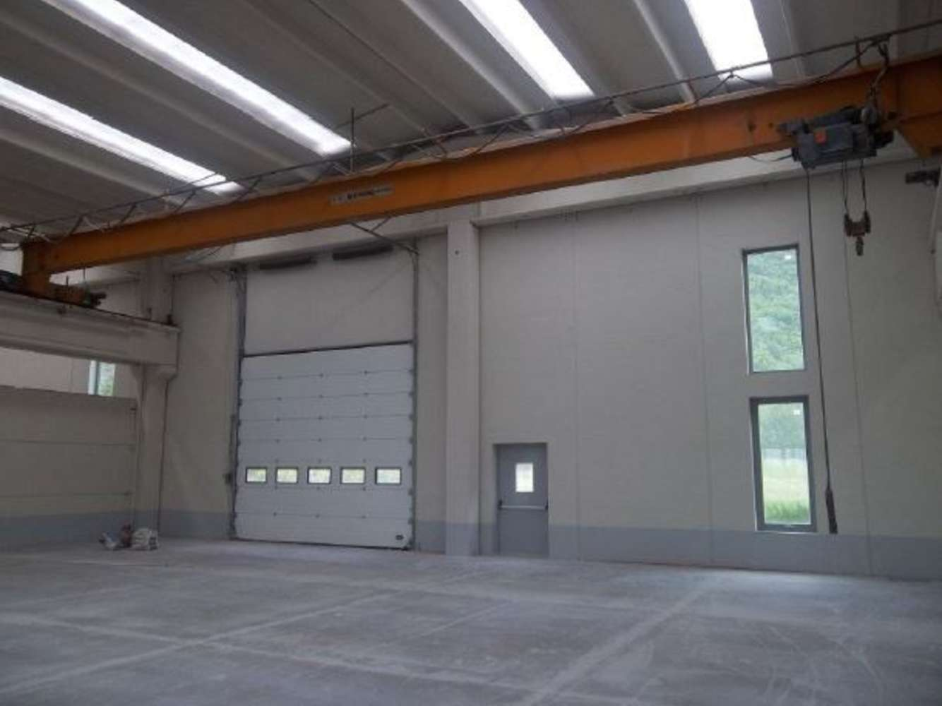 Magazzini industriali e logistici Issogne, 11020 - Capannoni logistici e uffici Aosta - 10033599